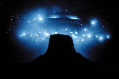 Close-Encounters-of-the-Third-Kind-1977-Theatrical-Still