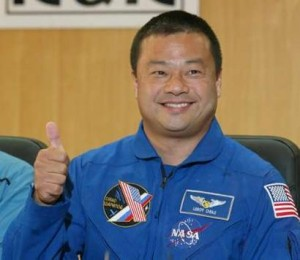 ISS Commander Tells All About His UFO Sighting In Space!